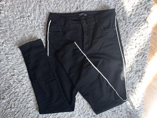 Spodnie rurki lampasy reserved M