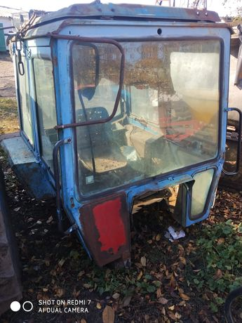 Продам велику кабіну до трактора МТЗ бу не гнила, дзвонити з 8-20годин