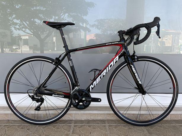 Bicicleta Merida em carbono
