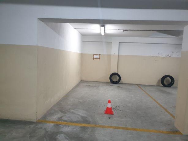 Lugar garagem Senhora da Hora