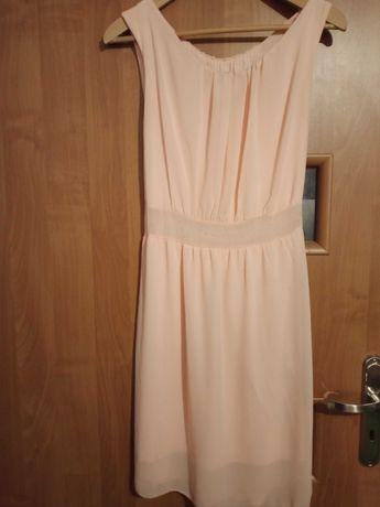 Delikatna sukienka