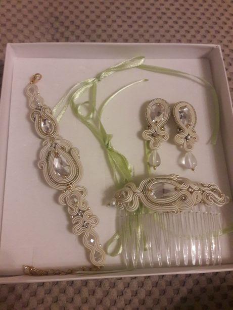 Biżuteria ślubna ivory złota sutasz Pillow Design