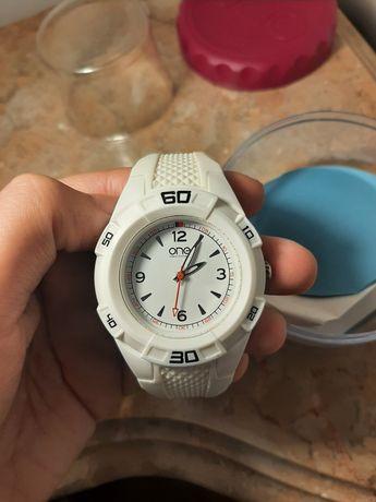 Relógio One como novo