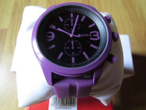 Стильний годинник Doca