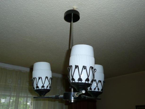 Lampa sufitowa z okresu PRL