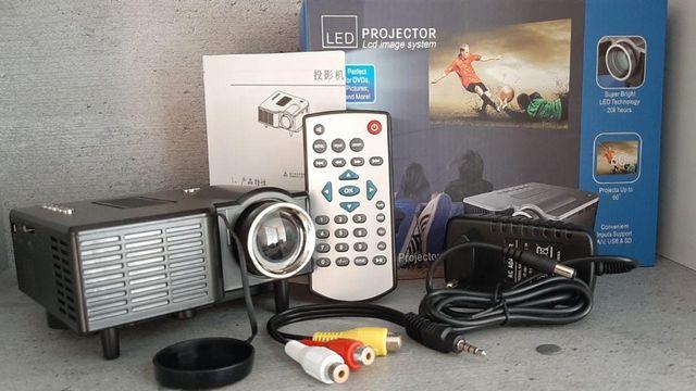 Unic 28+, Портативный | Full HD мультимедийный | проектор, LED лампы,