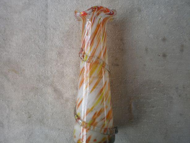 ваза для цветов. цветное стекло ссср.