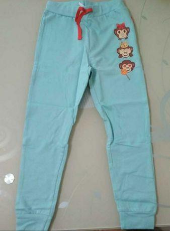 Новые тонкие спортивные штаны
