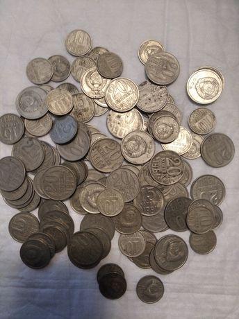 Продам монет 3 гривня