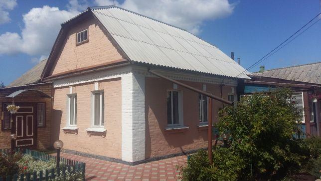 Продам дом в Новых Петровцах 140 кв.м.