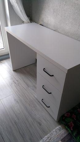 Biurko białe