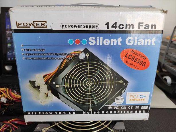 fonte de alimentação 550W - LC Power Super Silent como NOVA