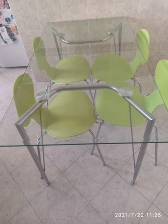 Mesa vidro 150x80 + 4 cadeiras