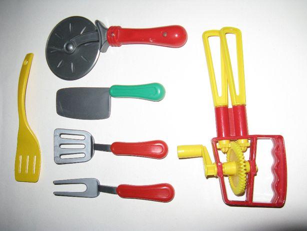 Zestaw akcesoriów kuchennych dla małego kucharza