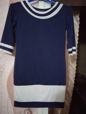 Продам платье для девушки