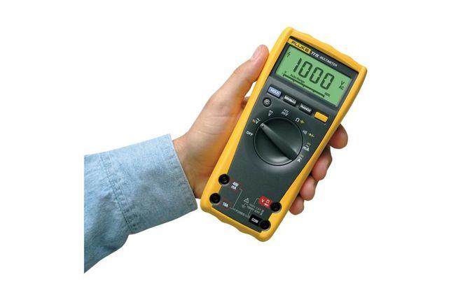 Мультиметр, тестер fluke 77 IV