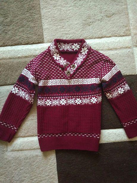Продам светр, кофту на хлопчика 4-5 років