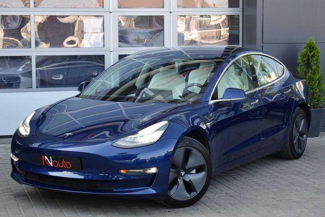 Tesla Model 3 Автомобиль