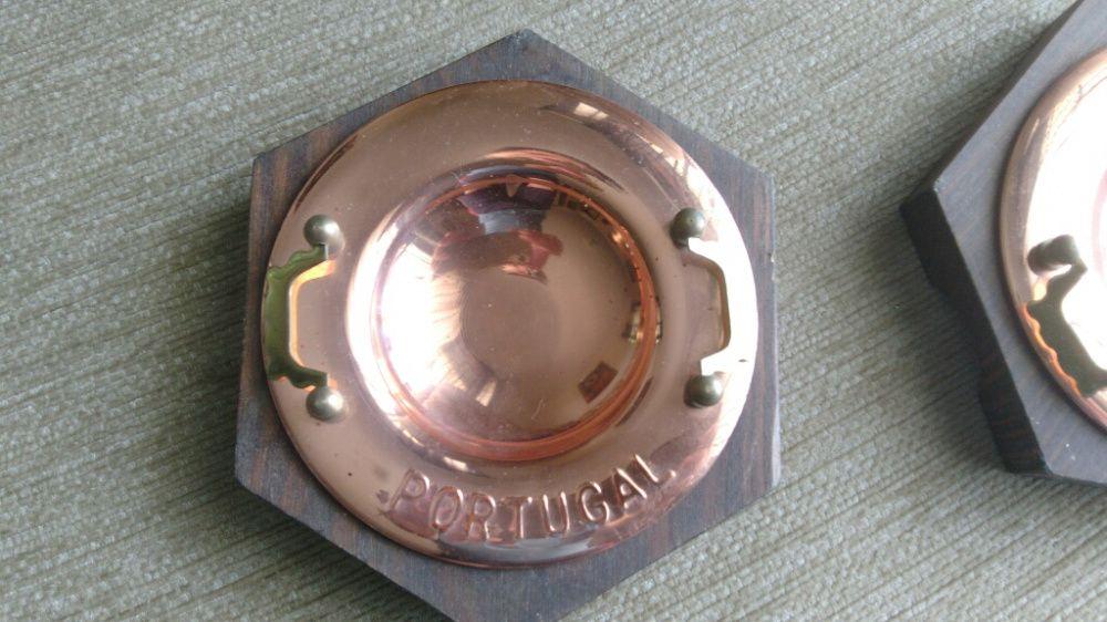 Cinzeiros em madeira e latão dourado Valença, Cristelo Covo E Arão - imagem 1