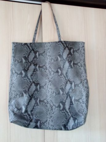 Nowe torby w dwoch kolorach