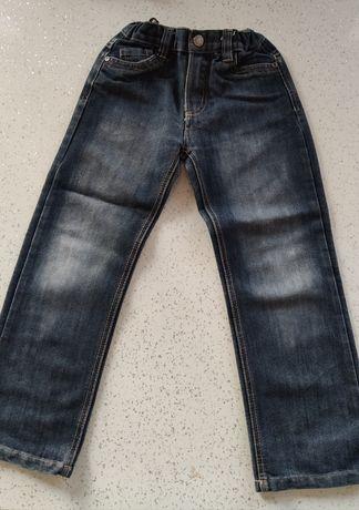 Jeansy dla chłopca r. 122