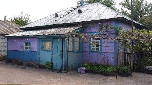 Продам газифицированный дом в с. Круты(Нежинский р-н,Черниговская обл)