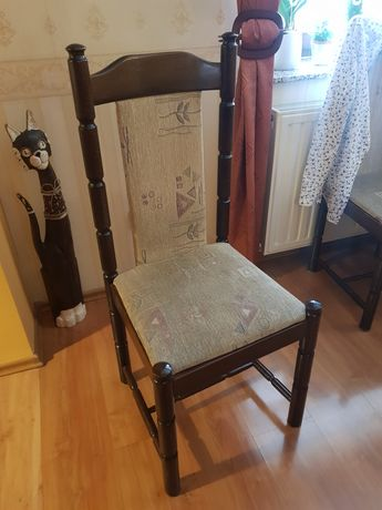 Krzesło antyk zadbane