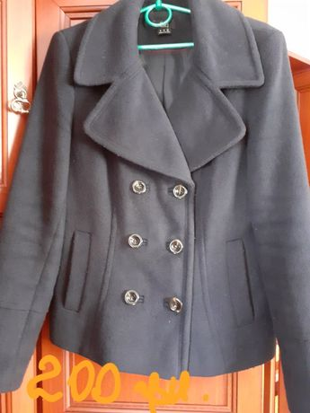 Куртка 42-44р.сіра.Замінник чорна 50-52р.Пуховик на два боки-250грн.