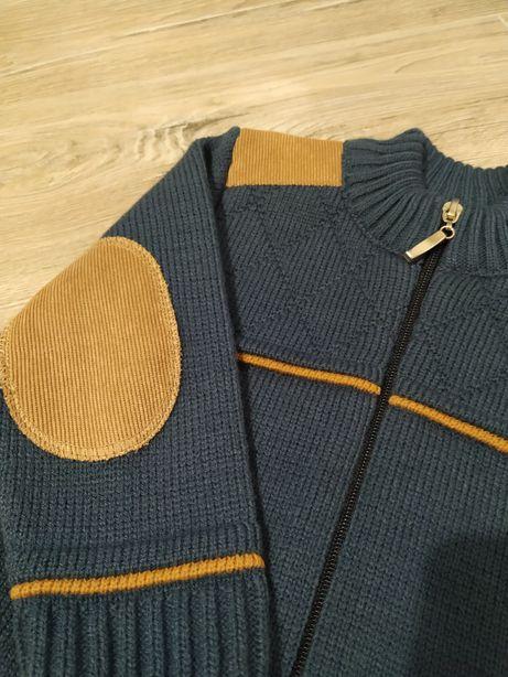 Sweterek dla chłopca 92/98 łaty na łokciach zapinany na zamek