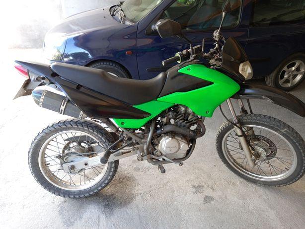 Honda xr125l 2005