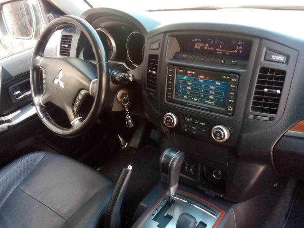 Салон панели ковер сиденья Mitsubishi Pajero Wagon 3, 4 запчасти
