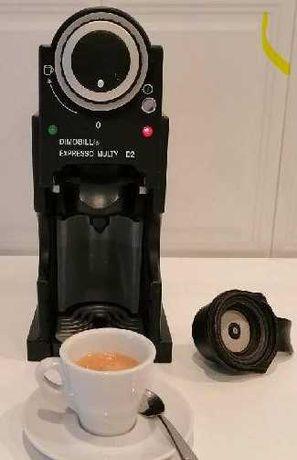 Máquina Café impecável Dimobilli
