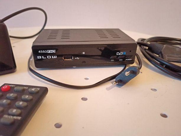Tuner DVB-T 4502HD pilotem do telewizji naziemnej cyfrowej