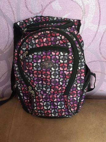 Продам школьный рюкзак для девочки Kite в хорошем состоянии