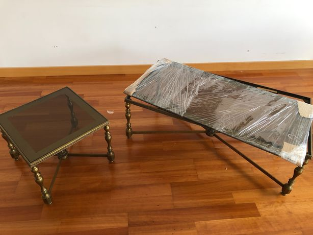 Mesas de apoio de sala em latão e vidro