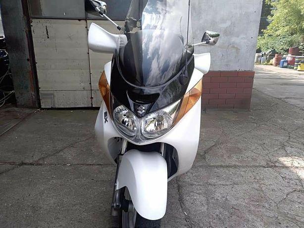 Suzuki Burgman an400