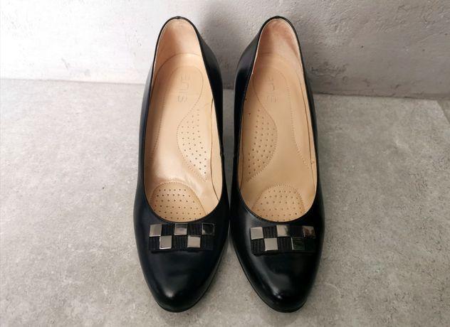 Czółenka buty i casy czarne skóra skórzane anis 37 czarne klamerka