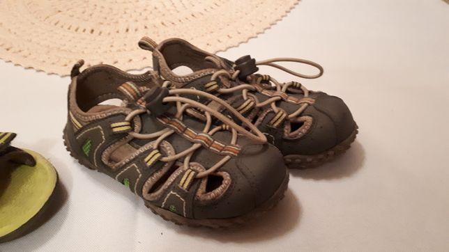 Reserved clarks 25 sandały 2 pary