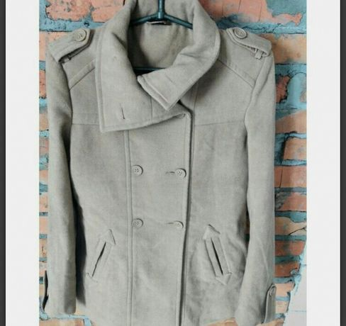 Пальто весеннее, полупальто бежевое