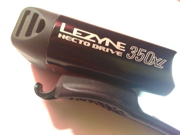 Велосвет передний Lezyne для горного велосипеда.