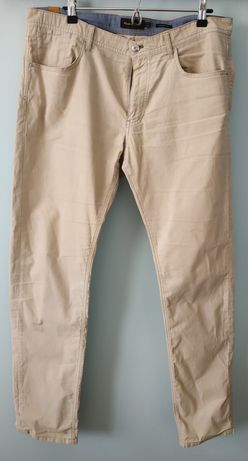 Spodnie jeans Massimo Dutti roz.36