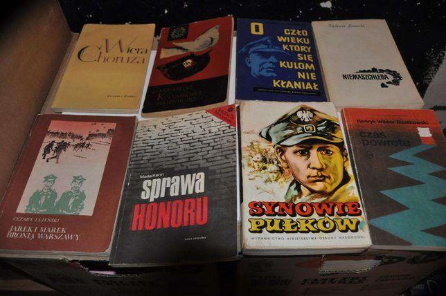 Zestaw książek Historia II WŚ PRL Samochody