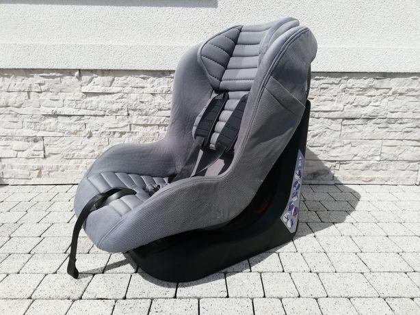 Fotelik samochodowy chicco xpace 9-18 kg.