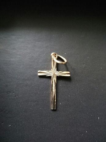 Krzyżyk ze złota, biżuteria, zawieszka