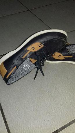 Sapatos zara rapaz n.36 muito pouco uso