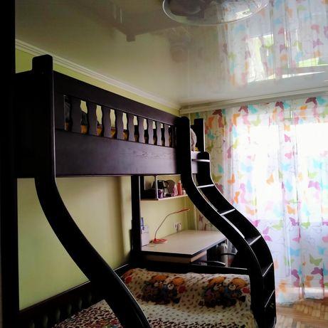 СРОЧНО .Кровать из натурального дерева