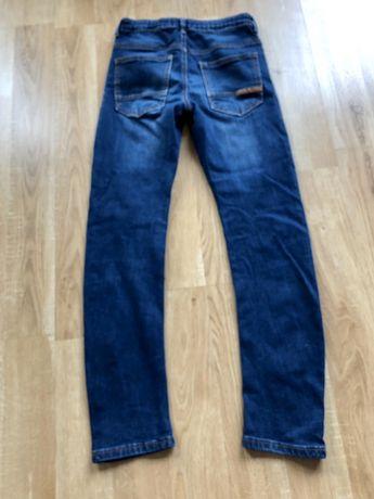 Reserved spodnie jeansowe chłopięce rozm. 146