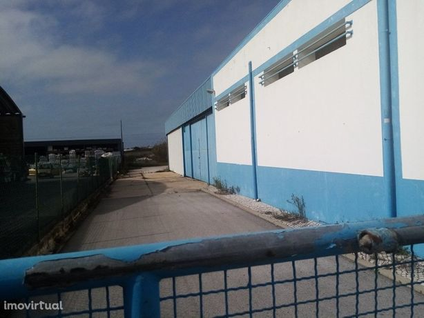 Loja com armazém, excelente localização, Faro, Algarve