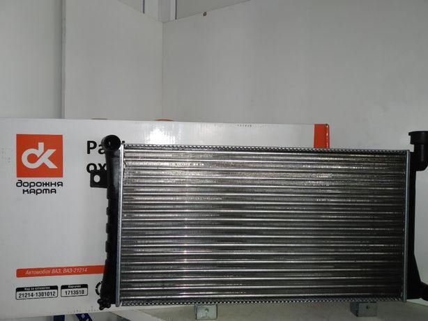 Радиатор охлаждения Ваз Нива Тайга 21214 инжектор