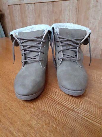 Лёгкие зимние ботинки